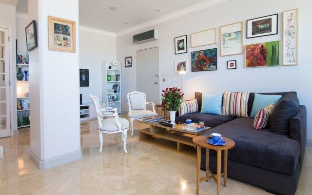 Отель Appartement Lilia Марокко, Касабланка - отзывы, цены и фото номеров - забронировать отель Appartement Lilia онлайн комната для гостей