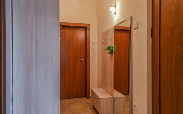 Апартаменты FM Deluxe 1-BDR Apartment - Iconic Donducov Boulevard София комната для гостей