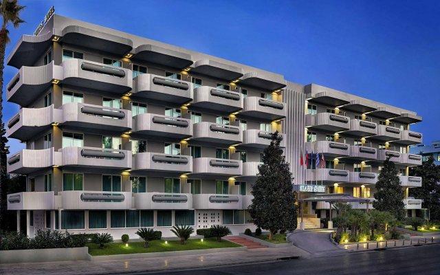 Отель Blazer Suites Hotel Греция, Афины - 1 отзыв об отеле, цены и фото номеров - забронировать отель Blazer Suites Hotel онлайн вид на фасад