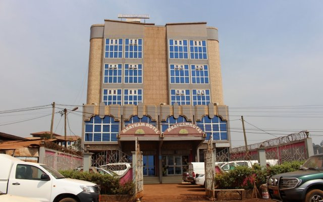 Mbatkam Palace