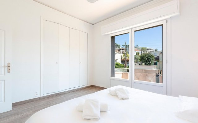 Beautiful villa in the center of Cannes, that can host up to 8 people 1