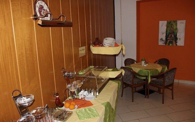 Отель Erlaa Pension Вена удобства в номере