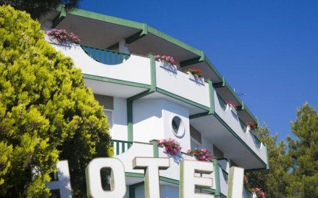 Hotel K2 Нумана вид на фасад