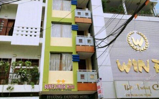 Sunflower Hotel Nha Trang Нячанг вид на фасад
