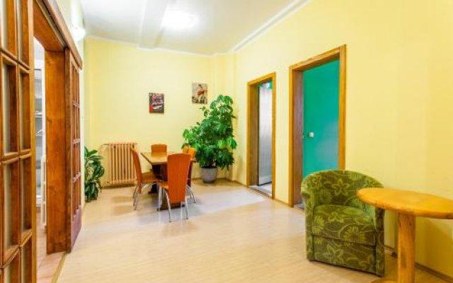Отель Hostel Terasa, Novi Sad Сербия, Нови Сад - отзывы, цены и фото номеров - забронировать отель Hostel Terasa, Novi Sad онлайн балкон