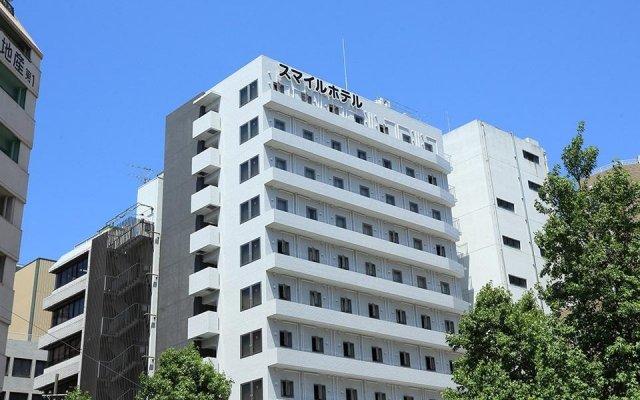 Отель Smile Hotel Hakata Ekimae Япония, Хаката - отзывы, цены и фото номеров - забронировать отель Smile Hotel Hakata Ekimae онлайн вид на фасад