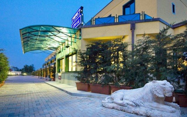 Отель The Market Urban Hotel Италия, Флоренция - отзывы, цены и фото номеров - забронировать отель The Market Urban Hotel онлайн вид на фасад
