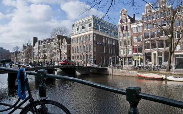 Radisson Blu Hotel Amsterdam Амстердам вид на фасад