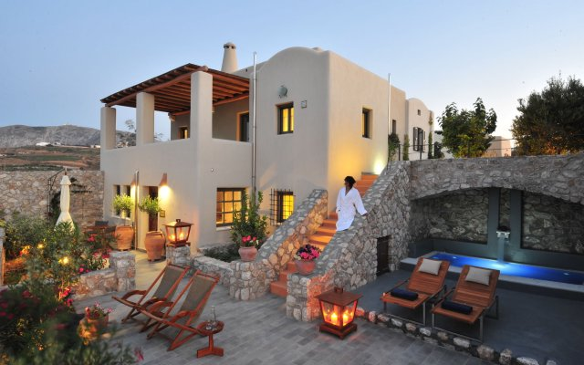 Pleasing Pleiades Eco Houses Santorini Island Greece Zenhotels Download Free Architecture Designs Scobabritishbridgeorg