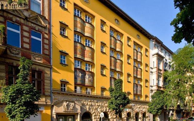 Отель Amstel House Hostel Германия, Берлин - 9 отзывов об отеле, цены и фото номеров - забронировать отель Amstel House Hostel онлайн вид на фасад
