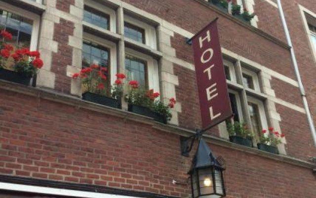 Hotel La Vieille Lanterne Брюссель вид на фасад