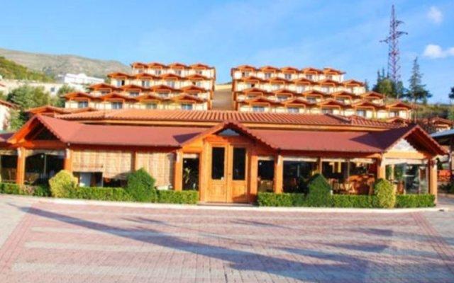 Отель Olympia Village Влёра вид на фасад