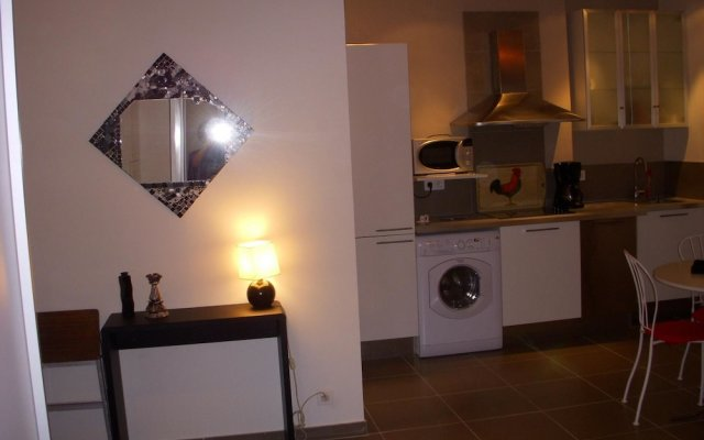Studio in Cannes, With Wifi - 250 m From the Beach 0