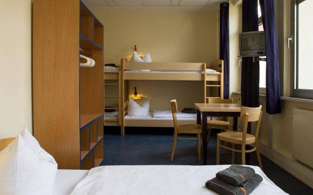 Отель acama Hotel & Hostel Kreuzberg Германия, Берлин - 1 отзыв об отеле, цены и фото номеров - забронировать отель acama Hotel & Hostel Kreuzberg онлайн комната для гостей