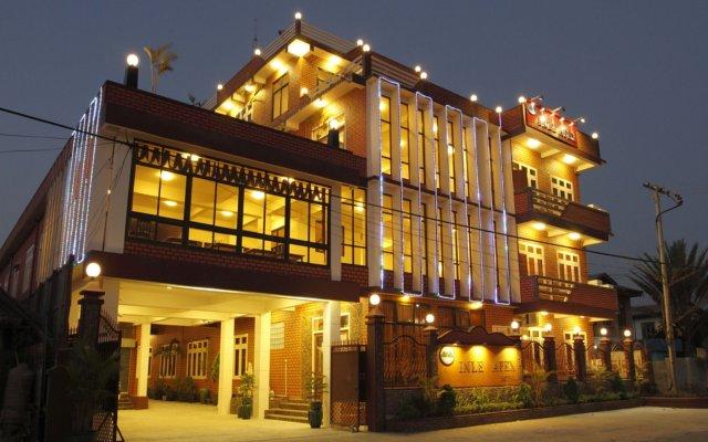 Inle Apex Hotel вид на фасад