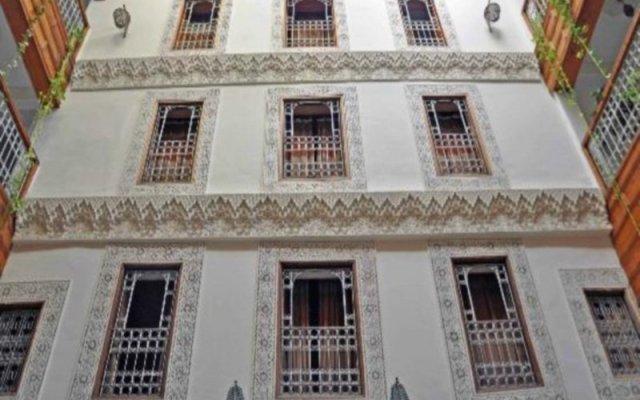 Отель Riad Dar Dmana Марокко, Фес - отзывы, цены и фото номеров - забронировать отель Riad Dar Dmana онлайн вид на фасад