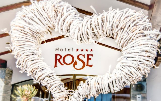 Hotel Rose Валь-ди-Вицце интерьер отеля