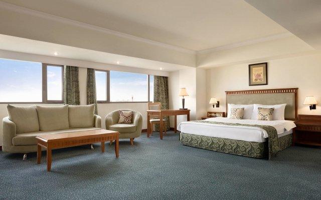 Отель Рамада Ташкент Узбекистан, Ташкент - отзывы, цены и фото номеров - забронировать отель Рамада Ташкент онлайн комната для гостей