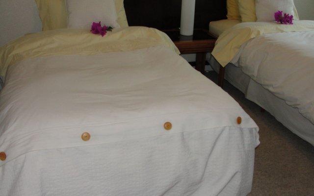Отель Steinhaus Suites Emilio Castelar Мехико комната для гостей