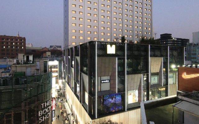 Отель Solaria Nishitetsu Hotel Seoul Myeongdong Южная Корея, Сеул - 1 отзыв об отеле, цены и фото номеров - забронировать отель Solaria Nishitetsu Hotel Seoul Myeongdong онлайн вид на фасад