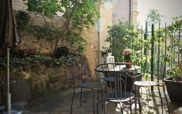Отель Comoda Casa Paleocapa con Giardino Италия, Генуя - отзывы, цены и фото номеров - забронировать отель Comoda Casa Paleocapa con Giardino онлайн вид на фасад