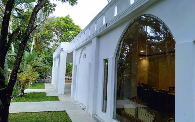 Отель Ovitiyas Bandarawela вид на фасад