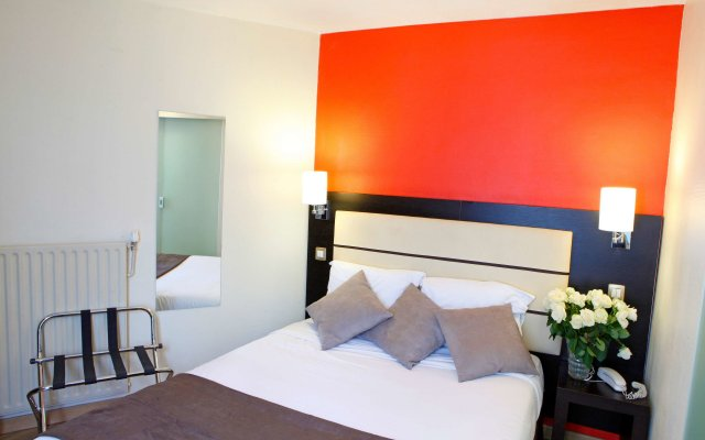 Отель Sure Hotel by Best Western Paris Gare du Nord Франция, Париж - 12 отзывов об отеле, цены и фото номеров - забронировать отель Sure Hotel by Best Western Paris Gare du Nord онлайн комната для гостей