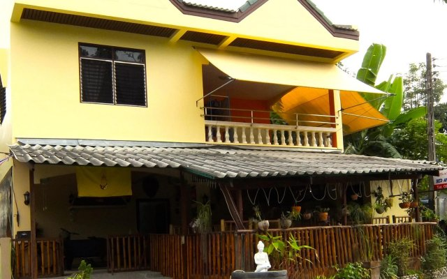 Similan Hotel вид на фасад