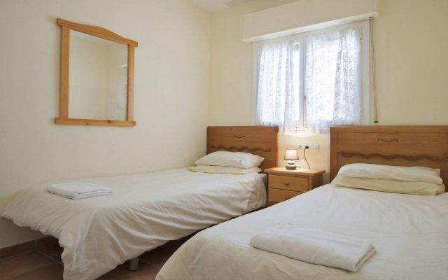 Отель Villa in Calpe - 104848 by MO Rentals комната для гостей