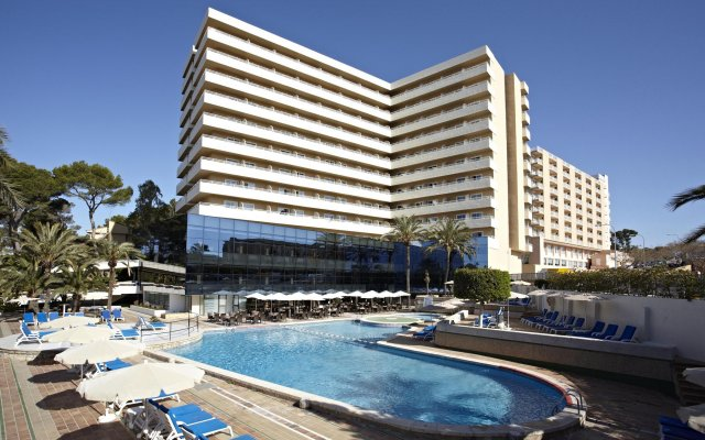 Отель Grupotel Taurus Park вид на фасад