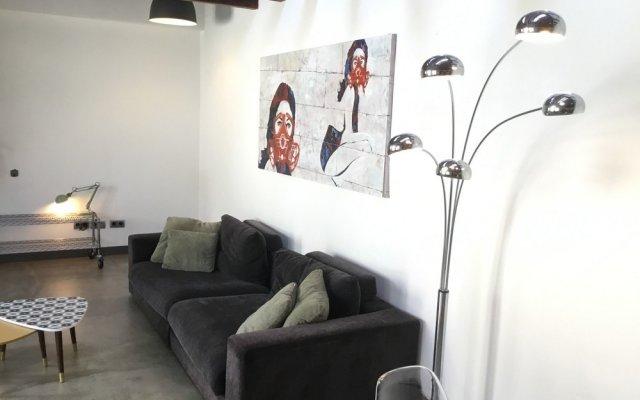 Отель Apartamento Paseo del Arte I Мадрид комната для гостей