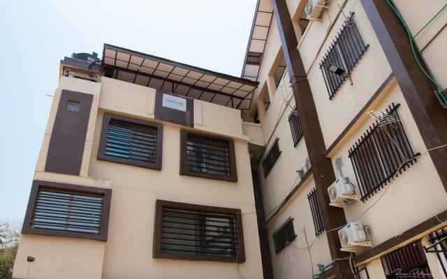 Отель EastWest Hospitality Сьерра-Леоне, Фритаун - отзывы, цены и фото номеров - забронировать отель EastWest Hospitality онлайн вид на фасад