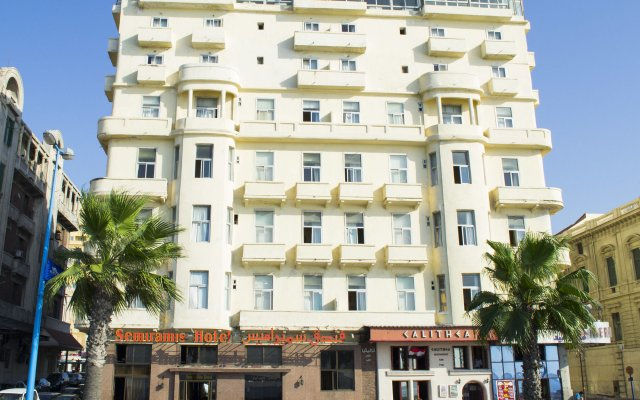 Semiramis Hotel вид на фасад