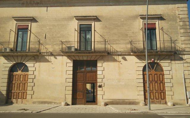 Отель B&B Borgo Pace Лечче вид на фасад