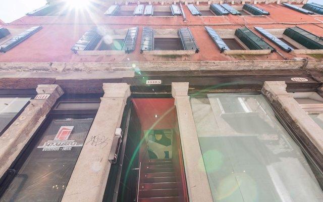 Отель Ca Del Tentor вид на фасад