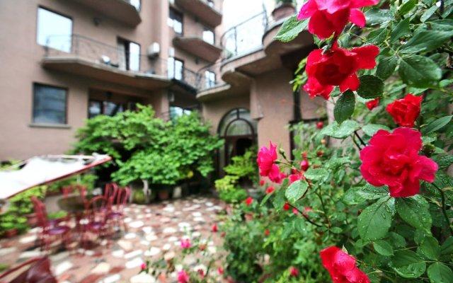 Отель Симпатия Грузия, Тбилиси - отзывы, цены и фото номеров - забронировать отель Симпатия онлайн вид на фасад