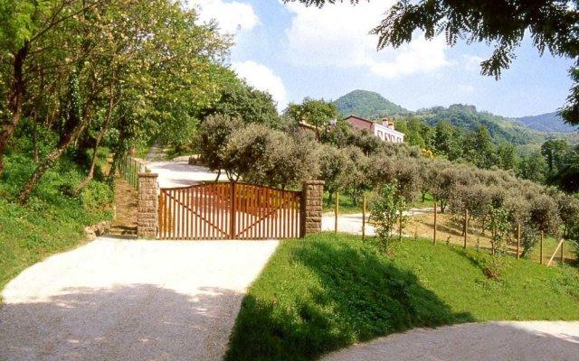 Отель Agriturismo Ai Gradoni Италия, Региональный парк Colli Euganei - отзывы, цены и фото номеров - забронировать отель Agriturismo Ai Gradoni онлайн вид на фасад