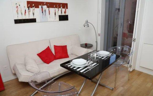 Madrigal Apartamentos