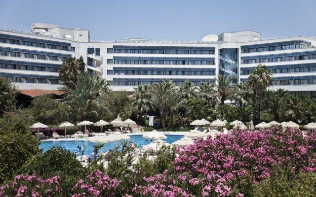 Sunrise Resort Hotel - All Inclusive вид на фасад