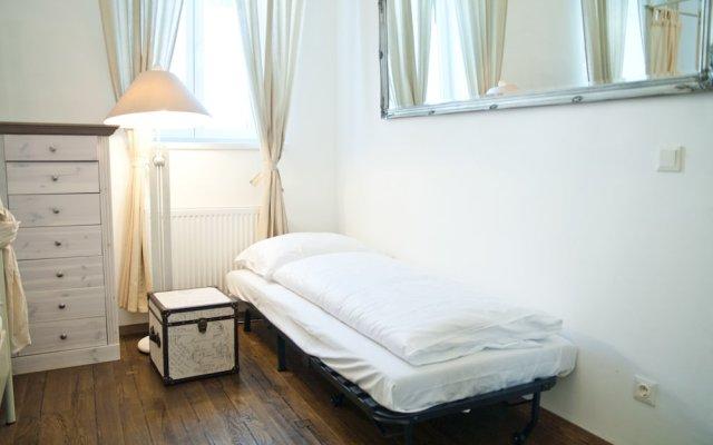 Отель Vintage Apartments Schönbrunn Австрия, Вена - отзывы, цены и фото номеров - забронировать отель Vintage Apartments Schönbrunn онлайн комната для гостей