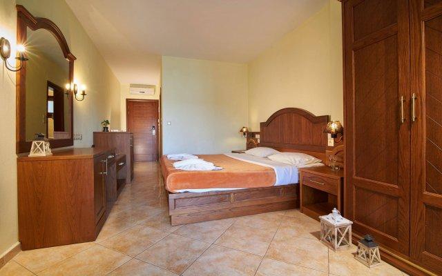 Toroni Blue Sea Hotel комната для гостей
