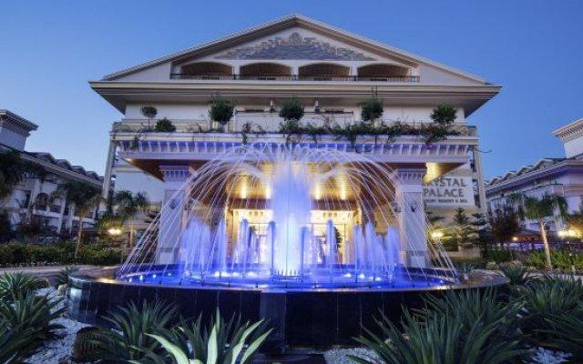 Отель Crystal Palace Luxury Resort & Spa - All Inclusive Сиде вид на фасад