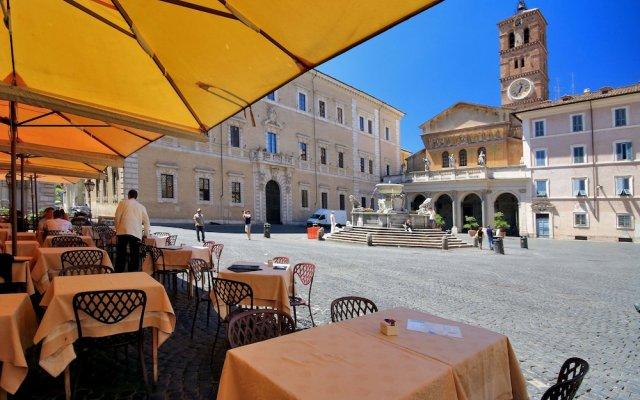 Trastevere Market Apartment