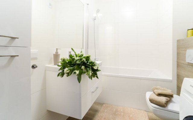 Отель Comfortable Apartment in Warsaw Польша, Варшава - отзывы, цены и фото номеров - забронировать отель Comfortable Apartment in Warsaw онлайн ванная