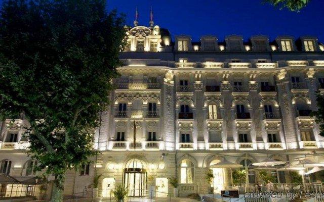 Отель Boscolo Nice Hôtel & Spa Франция, Ницца - 9 отзывов об отеле, цены и фото номеров - забронировать отель Boscolo Nice Hôtel & Spa онлайн вид на фасад