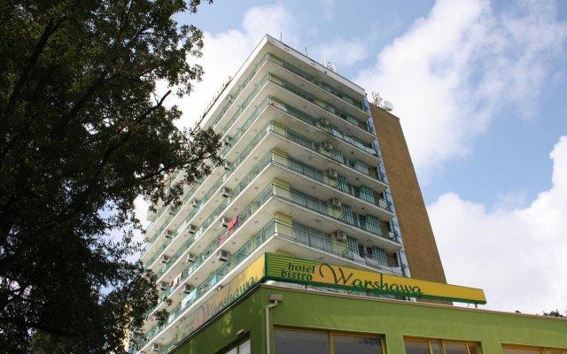 Hotel Varshava Золотые пески вид на фасад