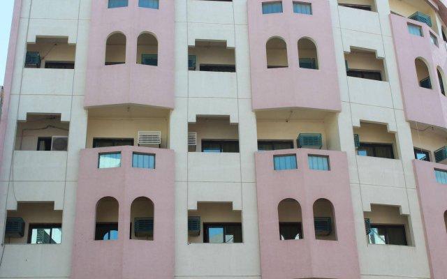 Rahab Hotel вид на фасад