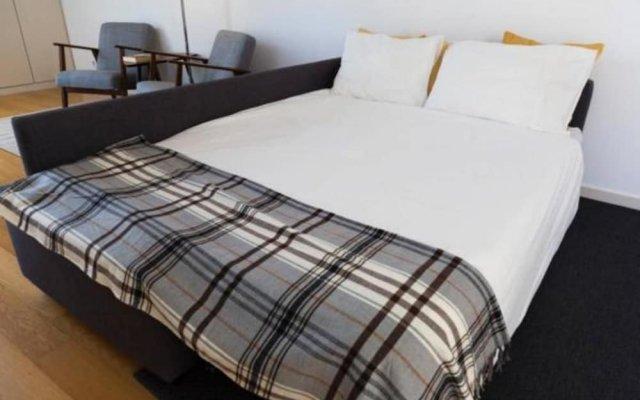 Отель Ola Lisbon - Principe Real IV Лиссабон комната для гостей