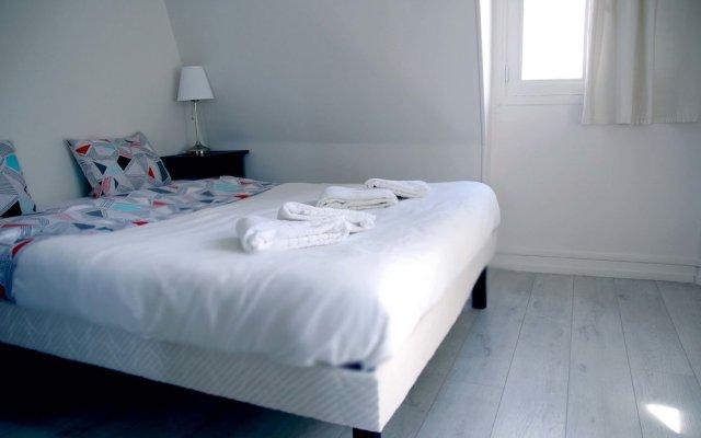 Отель Pelican Stay - Parisian Apt Suite комната для гостей