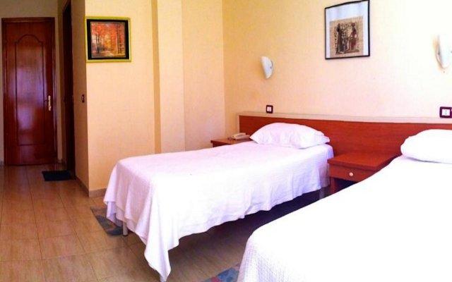 Отель AKROPOLI Голем комната для гостей